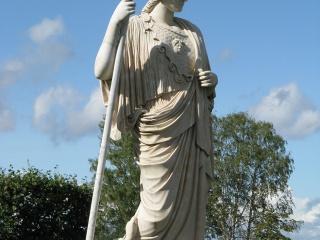 Athena-Lower_Gardens_of_Peterhof